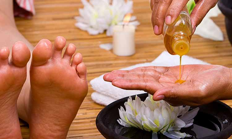 Reflexology Foot Massage In Bur Dubai  Desert Rose Hotel Spa-1812